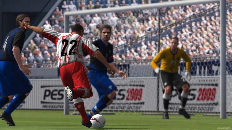 Årets digitala derby – FIFA 09 vs Pro Evolution Soccer 2009