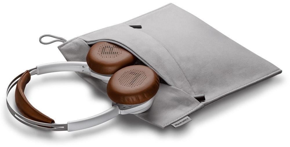 Snygg väska ingår till Backbeat Sense