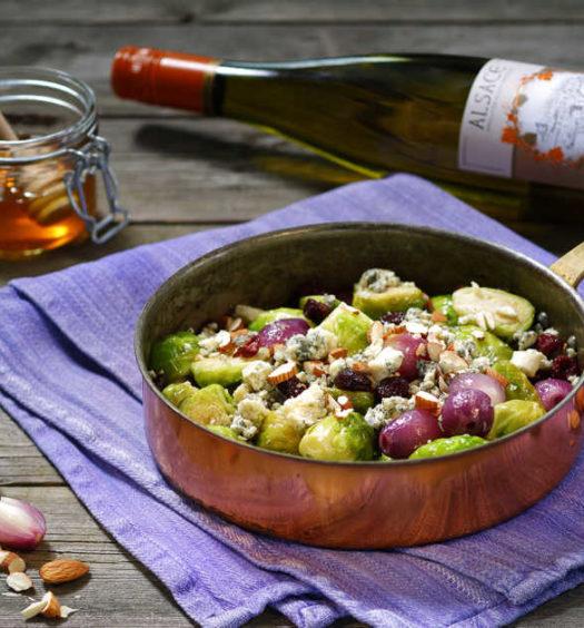 Bräserade brysselkål – och steklökar med mandel och ädelost