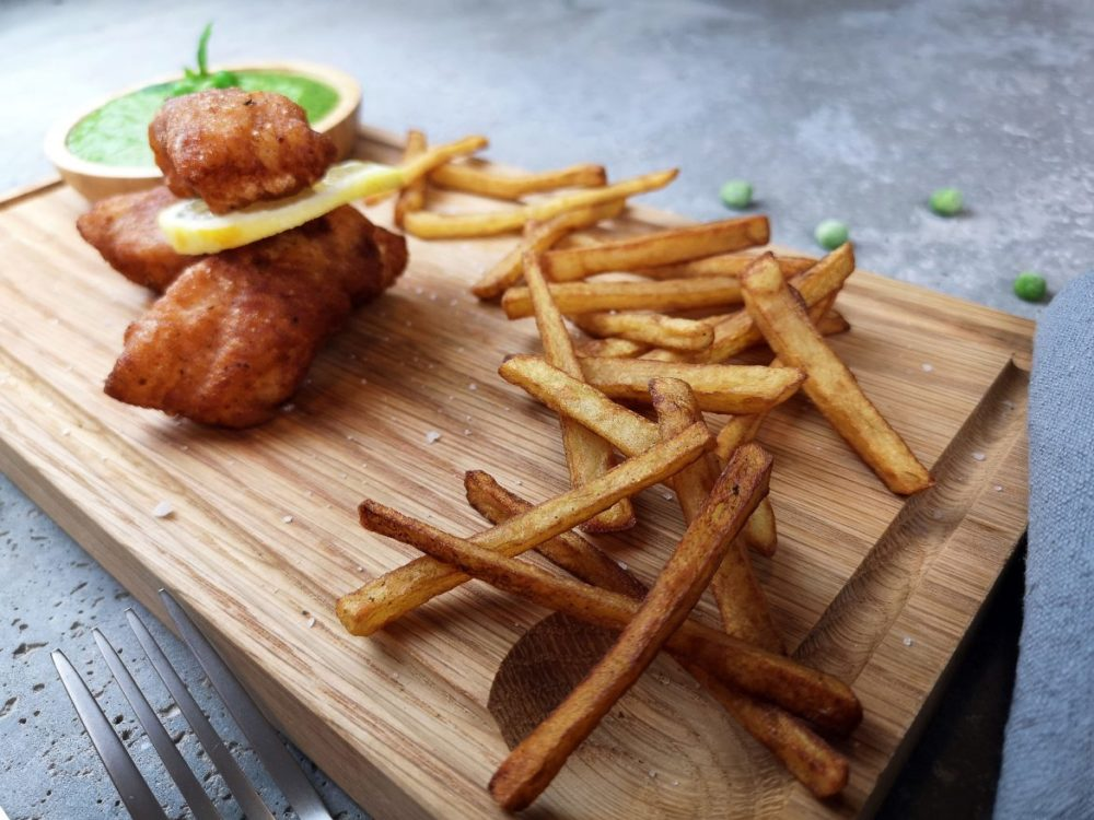 fish chips pea chutney indisk
