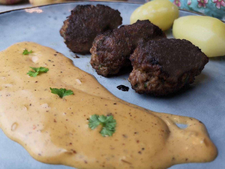 persiljejärpar med pepparsås och kokt potatis