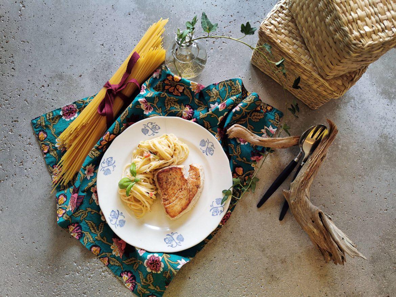 Upplägg med pasta och tonfisk