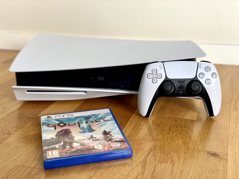 Playstation 5 recension senses