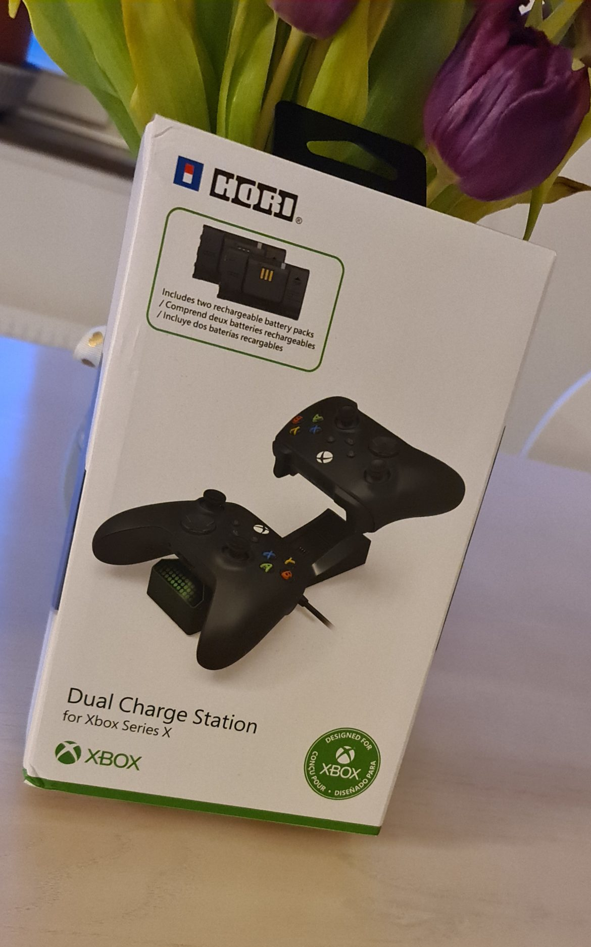 Hori dual charge station xbox
