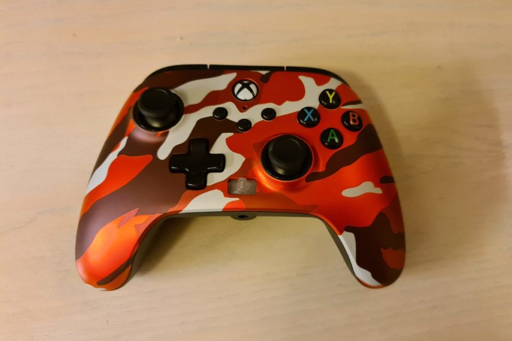 PowerA Enhanched Wired Controller metallic red camo senses