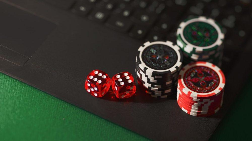 Casino marker tärningar dator